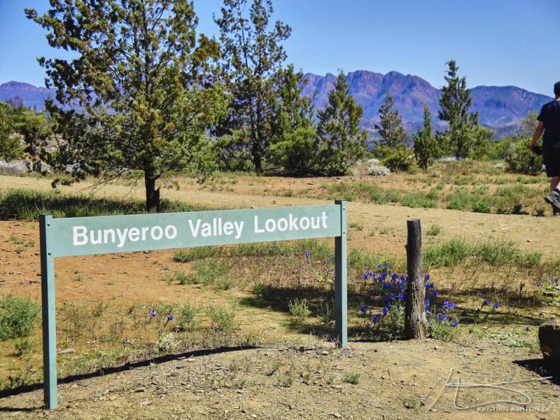 The Flinders Ranges - Bunyeroo Valley Lookout