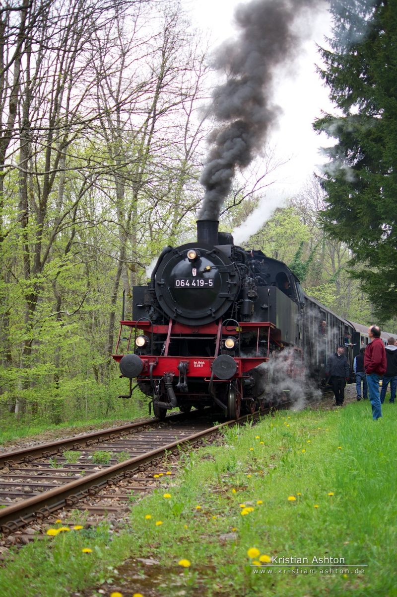 Steam loco 064 419-5 at Laufenmühle in the Swabian Forest