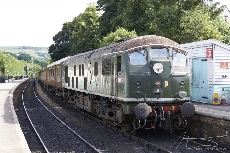 Grosmont station - North Yorkshire Moors Railway - Bo-Bo BR Class 24 diesel loco No. D5061
