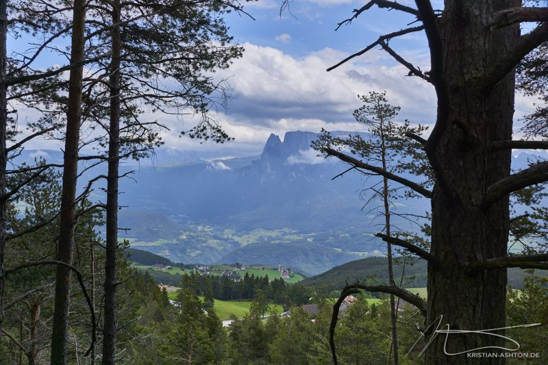 Hike to the Earth Pyramids and around Ritten