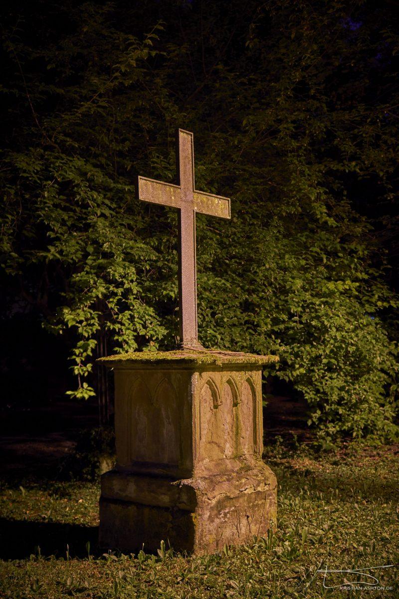 Hoppenlaufriedhof - the oldest remaining cemetery in Stuttgart, from 1626