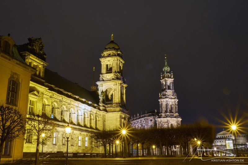 "The ""Brühlsche"" Terrace, the catholic ""court church"" and the Semperoper opera house"