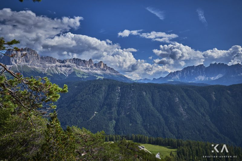 Hike from guesthouse Schönblick to the mountain summit Völseggspitze - view of the Rosengarten and Latemar