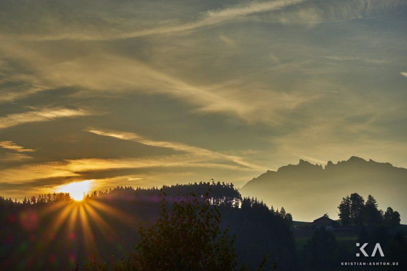 Dolomite-sunrise at Pfösl